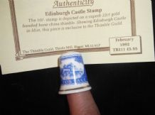 COLLECTABLE 22ct GILDED CHINA THIMBLE + CERT EDINBURGH CASTLE STAMP 10/- TEN BOB